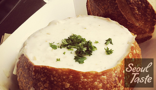Boudin's: Clam chowder in sourdough bread bowl