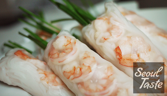 Vietnamese Summer Rolls (with peanut sauce) - Recipes by Seoul Taste