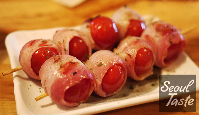 Bacon wrapped tomato skewers