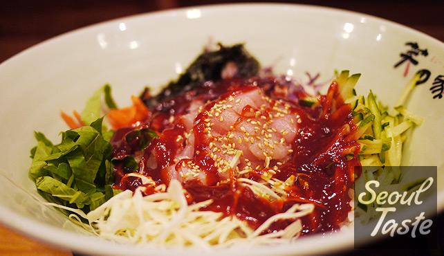 회덮밥 with 초고추장