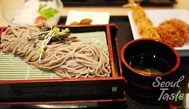 Soba set - Comes with soba noodles, tonkatsu, shrimp katsu and cabbage salad